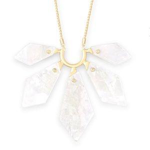 Kendra Scott Mari Necklace Ivory MOP/Gold NWT $158